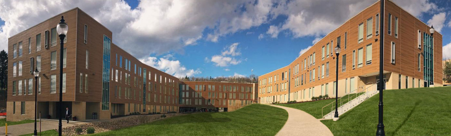Fairmont State University – College Apartments Housing
